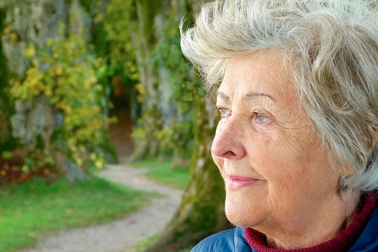Как общаться со старенькой мамой?   Северная неделя