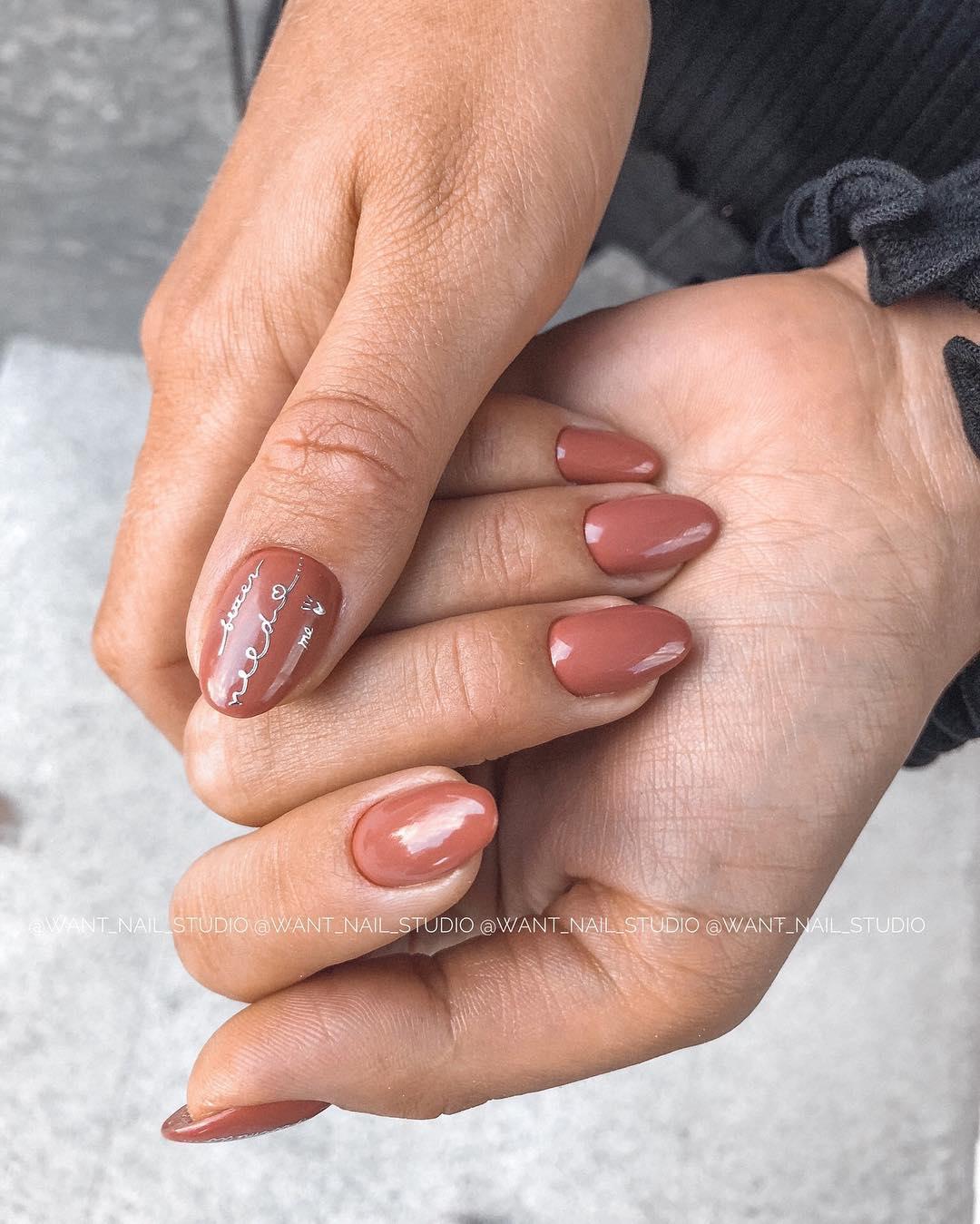 Круглая форма ногтей: 20 дизайнов самого востребованного маникюра - 5