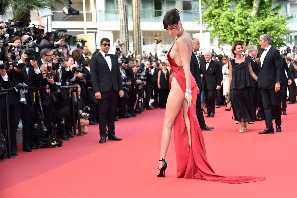 Bella Hadid – celebritiesgonecrazy