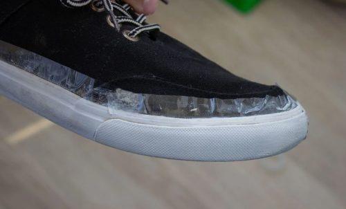 """""""Москвичи"""": отбеливают белую обувь за 30 сек. Показываю, каких успехов удается достичь"""